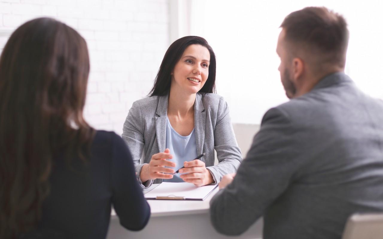 Jak sprawdzić wiarygodność najemcy? Weryfikacja najemcy, czyli 3 rzeczy o które musisz zapytać – przykłady pytań które trzeba zadać